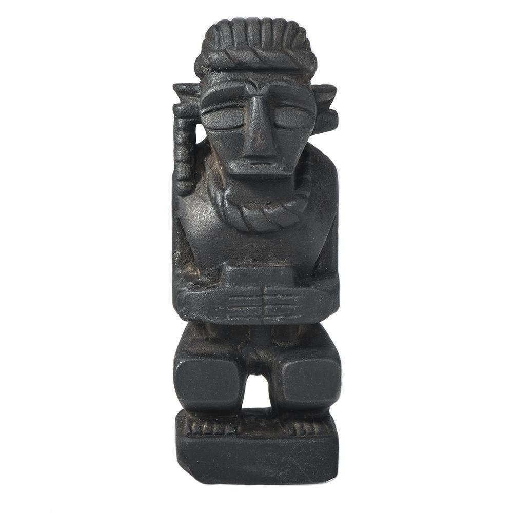 Siraha Batu (Raja) Karya Nadiramus Statue