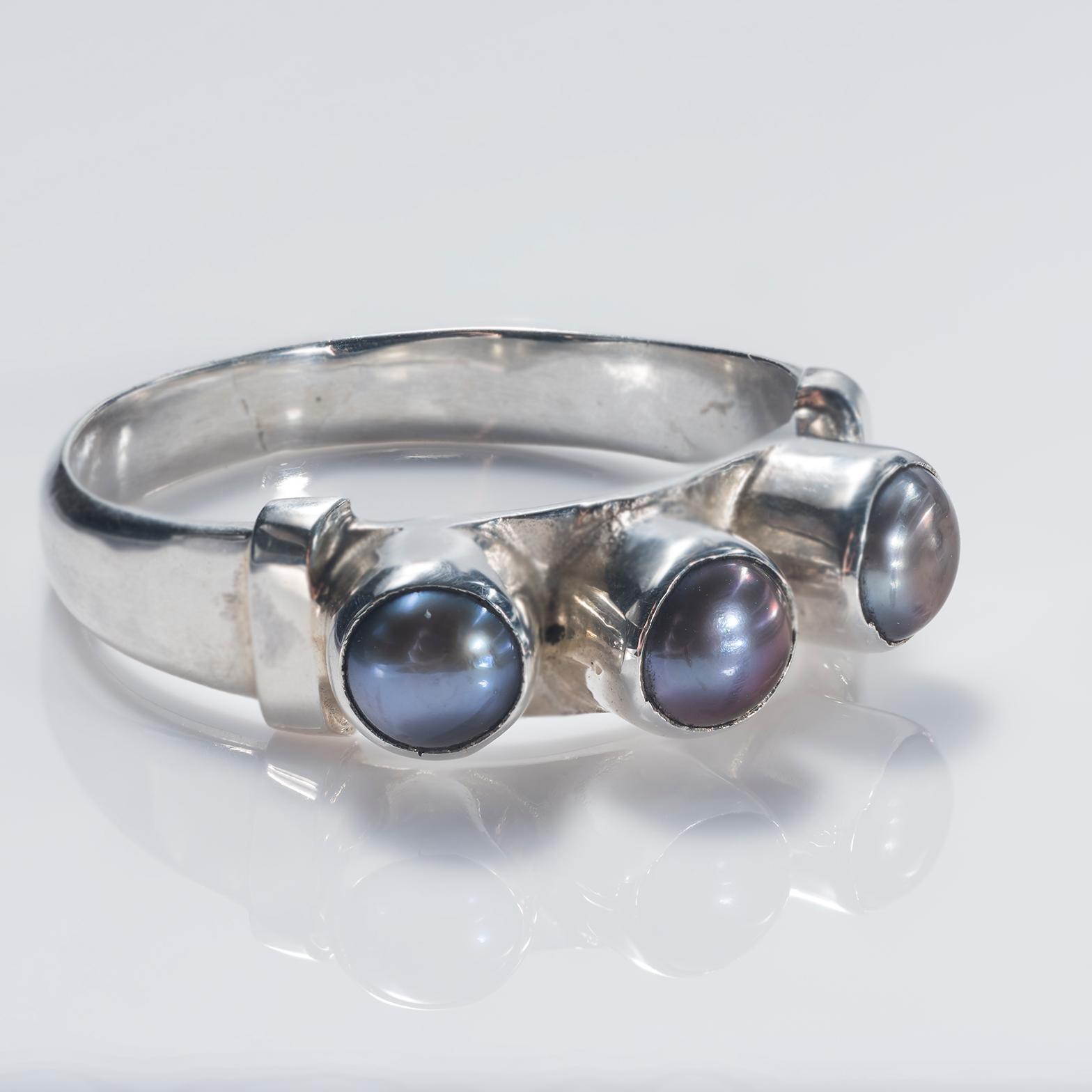 Black Pearl Trilogy Ring