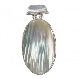 Glossy Natural Cukli Shell Pendant