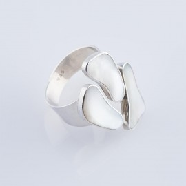 Mother of Pearl Footprint Ring