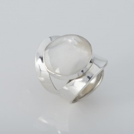 Handcrafted Round Mystique Mother of Pearl Ring
